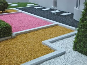 mineral-dans-un-jardin